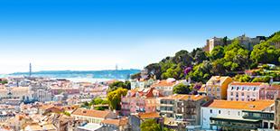 Bovenaanzicht van Lissabon met bewoonde bergen