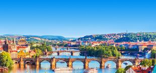 Een brug in Praag