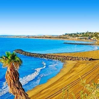 Strand van Playa del Ingles in de ochtend Gran Canaria