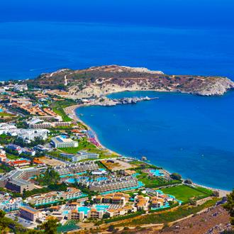 Uitzicht op Afantou Bay