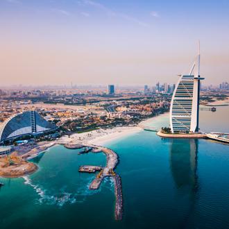 Burj Al Arab en skyline van Dubai