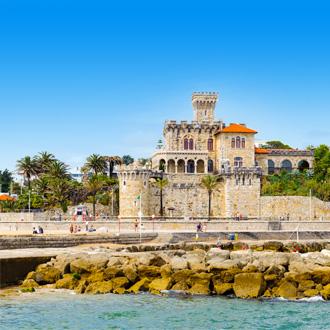 Uitzicht op kasteel in Estoril