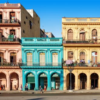 Traditionele kleurrijke gebouwen in Havana, Cuba
