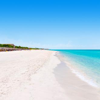 Wit strand met blauwe zee Varadero