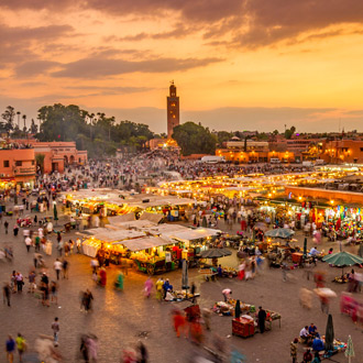 Djema el Fna plein met souks en markt Marrakech