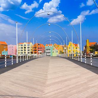 Drijvende brug in Willemstad, Curacao