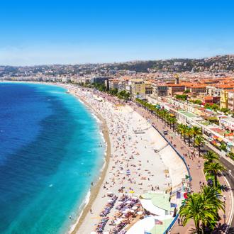 Strandpromenade in het oude centrum van Nice in Frankrijk