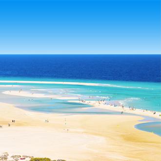 Het Risco El Paso strand in Fuertaventura, op de Canarische eilanden.
