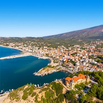 Uitzicht op het dorp Limenaria in Thassos