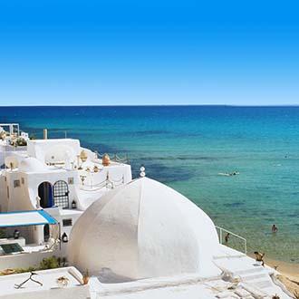 Medina van Hammamet met zee en strand Tunesie