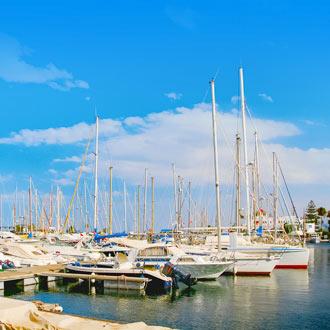 Haven met boten bij Port el Kantaoui Tunesië