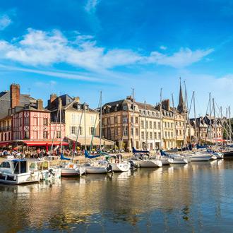 Haven-van-Honfleur-in-Normandie