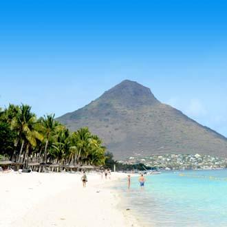 Het strand van Flic en Flac op Mauritius