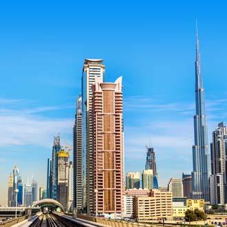 Hoge gebouwen met Burj Khalifa Dubai