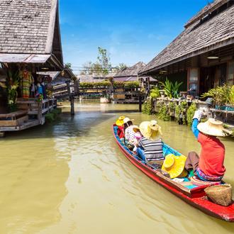 Huizen op water in Pattaya, Thailand