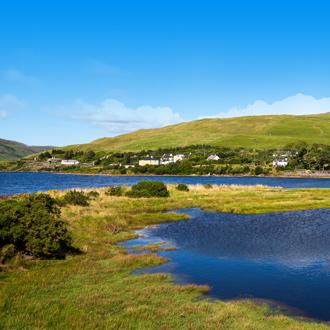 Kleurrijk landschap in het Connemara gebied in Ierland