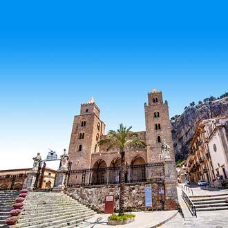 Kathedraal van Cefalú op het eiland Sicilië