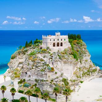 Een kerk in Tropea in de regio Calabria in Italie