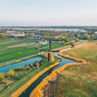 Uitzicht op de Kinderdijk windmolen in Rotterdam in Zuid Holland, Nederland