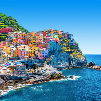 Kleurrijke stad in de bergen van Cinque Terre, Italie