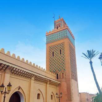 Koutoubia Moskee Marrakech met palmboom