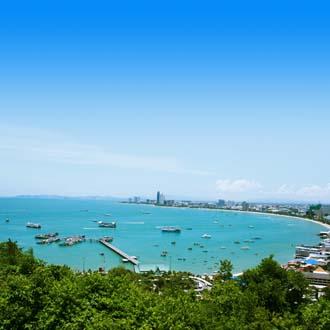 Kust met zee Pattaya, Thailand