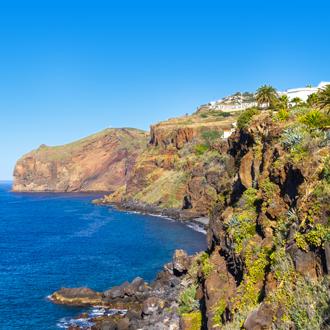 Kustlijn van Canico, een stad in Madeira, Portugal