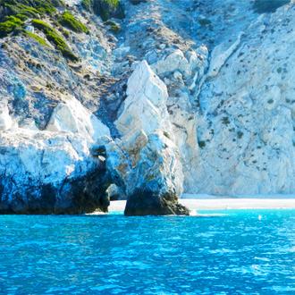 Het mooiste strand van Skiathos, Lalaria Beach, in Griekenland