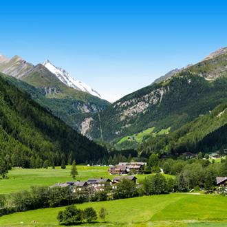 Landschap Heiligenblut in Noord-Tirol met Gross Glockner Berg