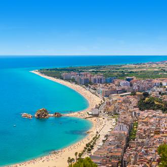 Luchtfoto kustlijn van Blanes, Spanje