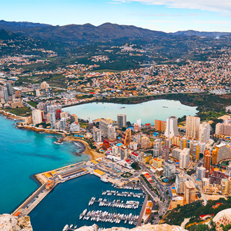 Luchtfoto van Calpe op de Costa Blanca, Spanje