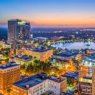 Kleurrijke luchtfoto van gebouwen in Orlando, Verenigde Staten