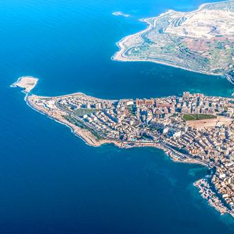 Malta Bugibba gezien vanuit de lucht