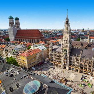 Het centrale plein de Marienplatz in de Beierse hoofdstad Munchen