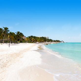 Panorama van het noordenstrand op Isla Mujeres, Yucatan, Mexico