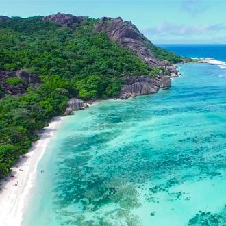 Praslin Island Anse Lazio beach op de Seychellen