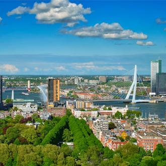 Uitzicht op de stad Rotterdam in Zuid Holland, Nederland