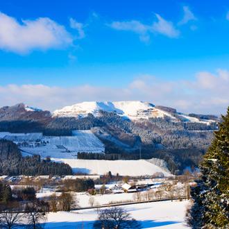 Sauerland in de winter vlakbij Winterberg