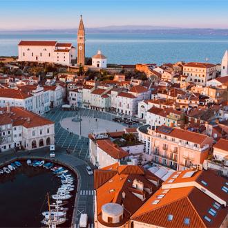 Panorama uitzicht op de stad Piran, Slovenie