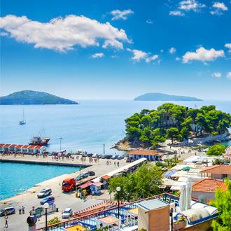 Uitzicht op het eiland Skiathos in Griekenland