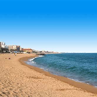 Strand en zee in Santa Susanna, Spanje