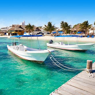 Strandboten van Puerto Morelos in Riviera Maya, Mexico