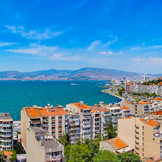 Panoramisch uitzicht over de stad van Izmir