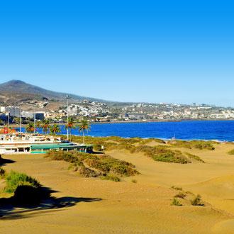 Uitzicht op Playa del Ingles vanuit de duinen