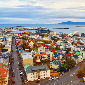 Uitzicht over de stad Reykjavik, IJsland
