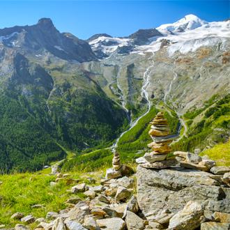Uitzicht-vanaf-de-bergen-boven-Saas-Fee