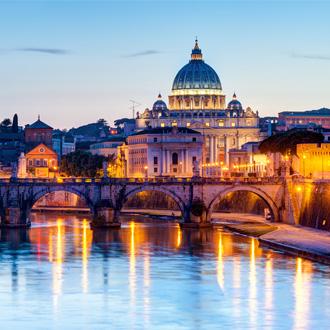 Zicht op de st Peter Cathedral, Rome, Italy