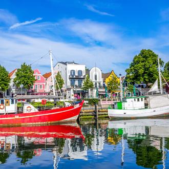 Haven met bootjes in Warnemunde