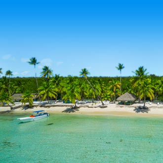 luchtfoto van tropical island beach op Punta Cana