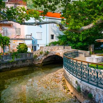 Dorpsdeel van Mlini in Kroatië